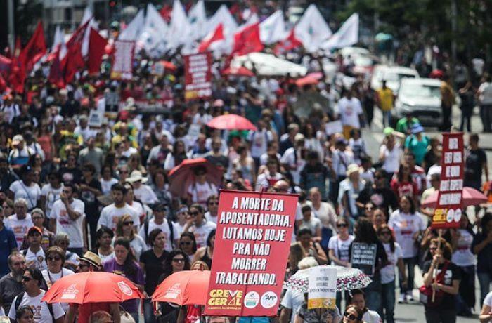 Rumo à greve geral, centrais convocam os trabalhadores para 1º de maio histórico