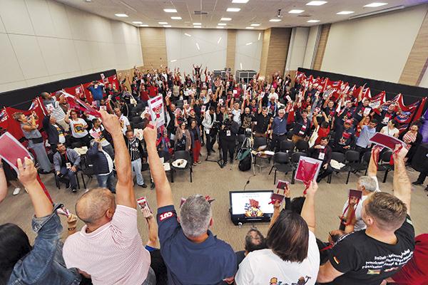 Reeleito presidente, Paulão faz balanço da gestão e aponta desafios à frente da CNM/CUT